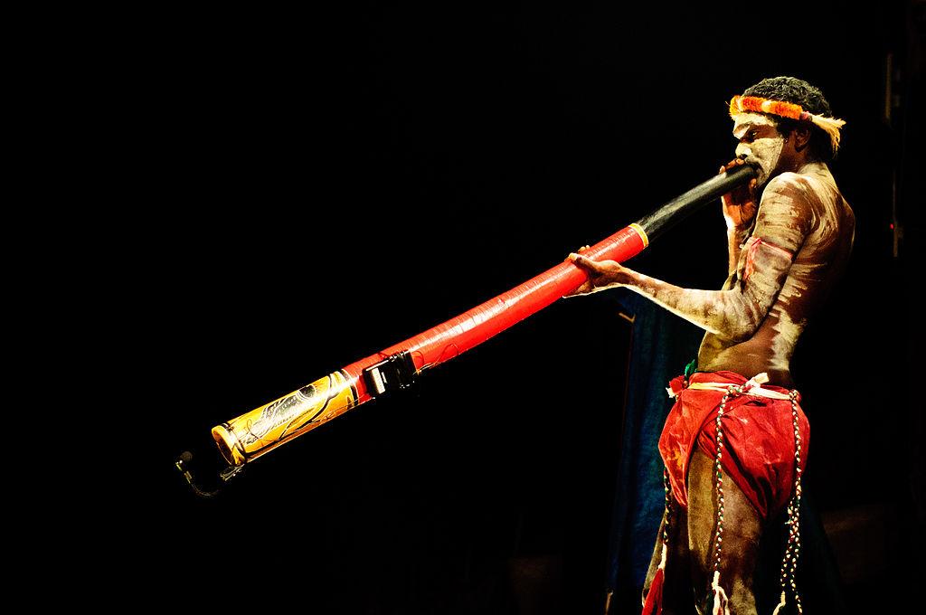 1024px-Didgeridoo_(Imagicity_1070)